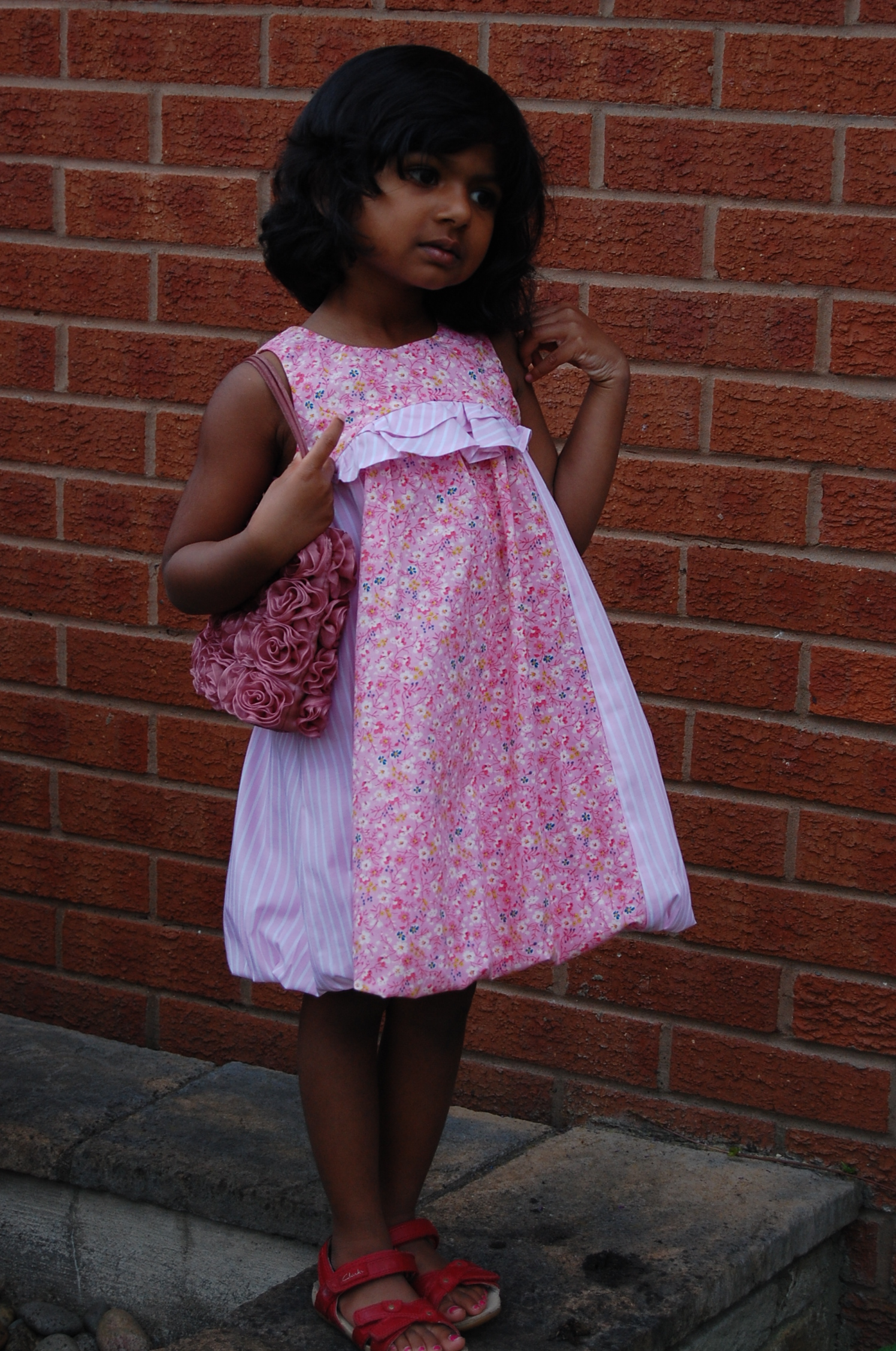 3e54d756518d New Look 6115  bubble hem floral print dress for a 3 year old teenager. –  sewmanju