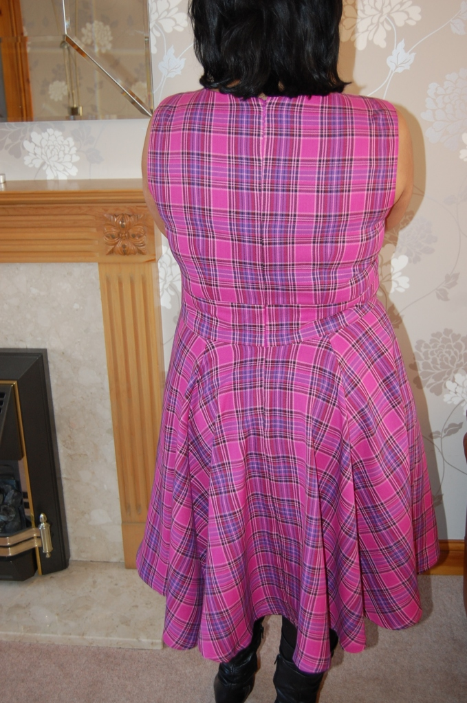 Vogue 8787 cowl neck flared dress - back view