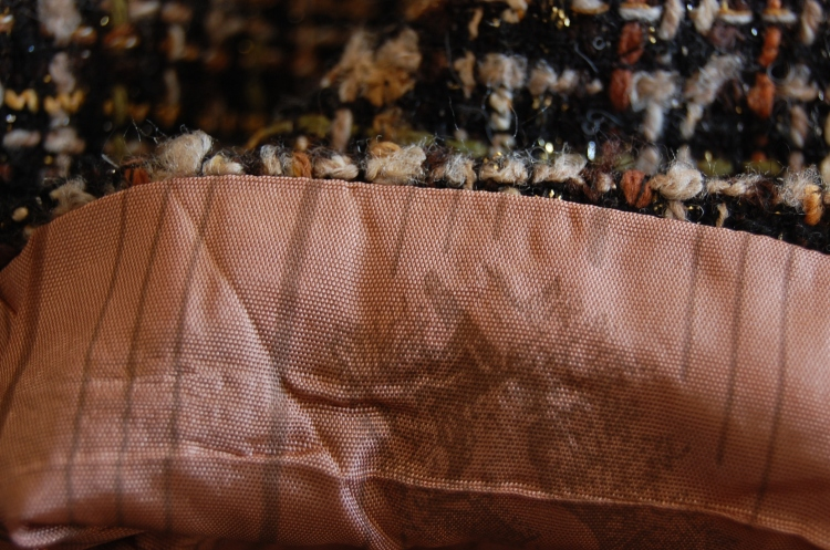 Vogue 8626 - machine stitched sleeve lining openings - can you see  my little foxes?