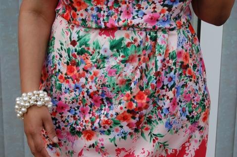 Butterick 5871 close up of skirt pleats