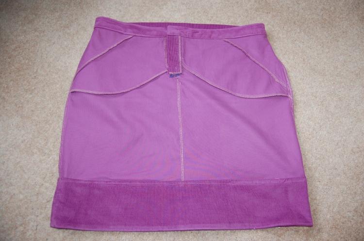 Grainline Moss Mini: interior front skirt.