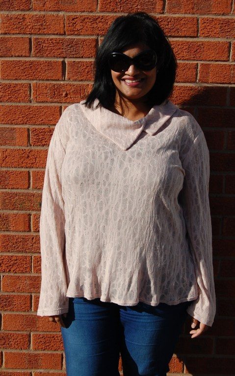Butterick 5922: nude lacy knit top with collar