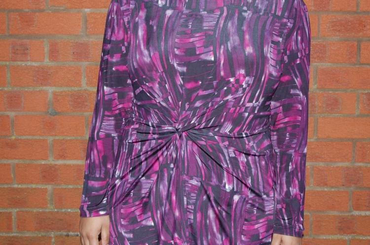 Vogue 1359 twist front jersey dress