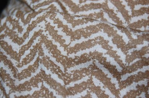 Vogue 8921 - fabric close up.