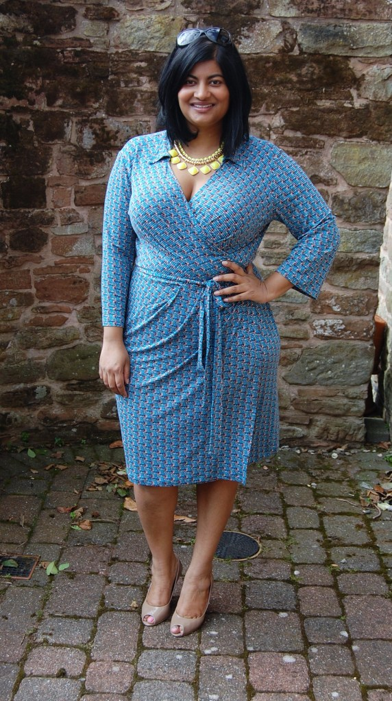 Vogue 8784 - DIY wrap dress