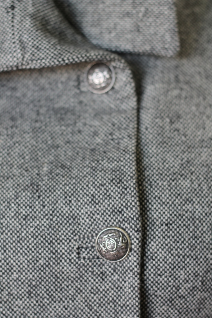 Quart Coat by Pauline Alice: buttons and bound buttonholes