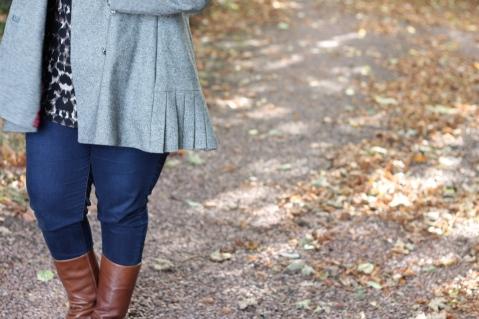 Quart Coat by Pauline Alice: side pleat detail
