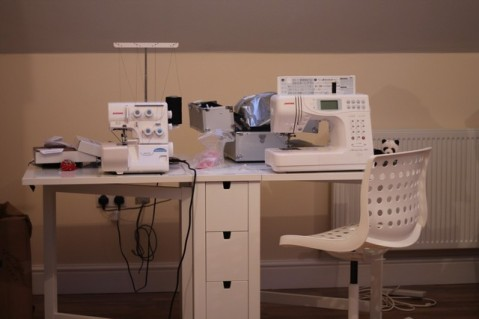 Norden gateleg sewing table