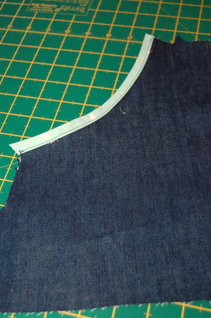 Butterick 6182 pocket facing