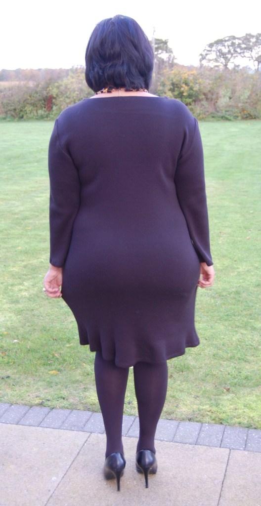 McCalls 6886: DIY Sweater Knit Dress