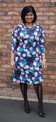 McCalls 6886: DIY Floral Print Pull On Jersey Dress