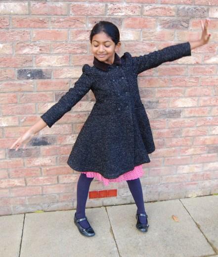 Vogue 9043 DIY Linton Tweed Girls Flared Coat