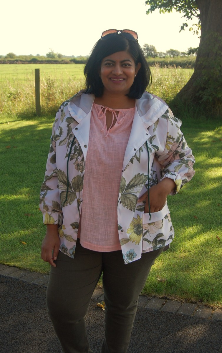 Kwik Sew 4015: DIY Floral Print Shower Curtain Hooded Rain Jacket Anorak