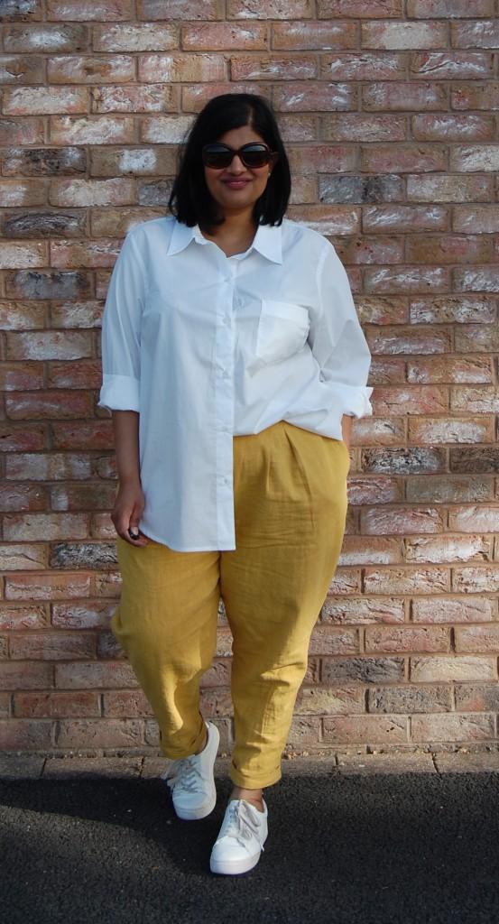 Simplicity 8389 linen trousers worn with Kwik Sew 3586 poplin shirt
