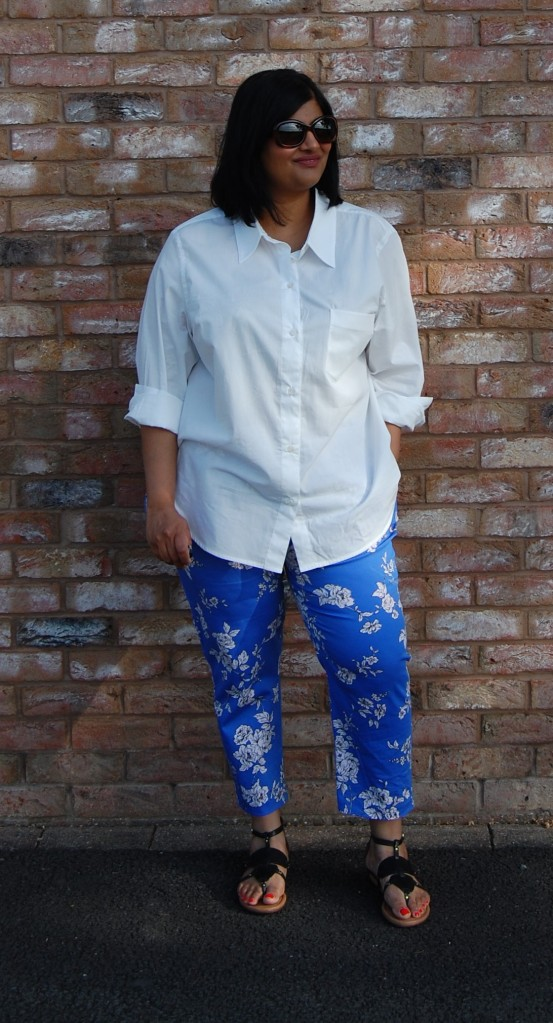Simplicity 1167 stretch cotton floral trousers worn with Kwik Sew 3586 poplin shirt