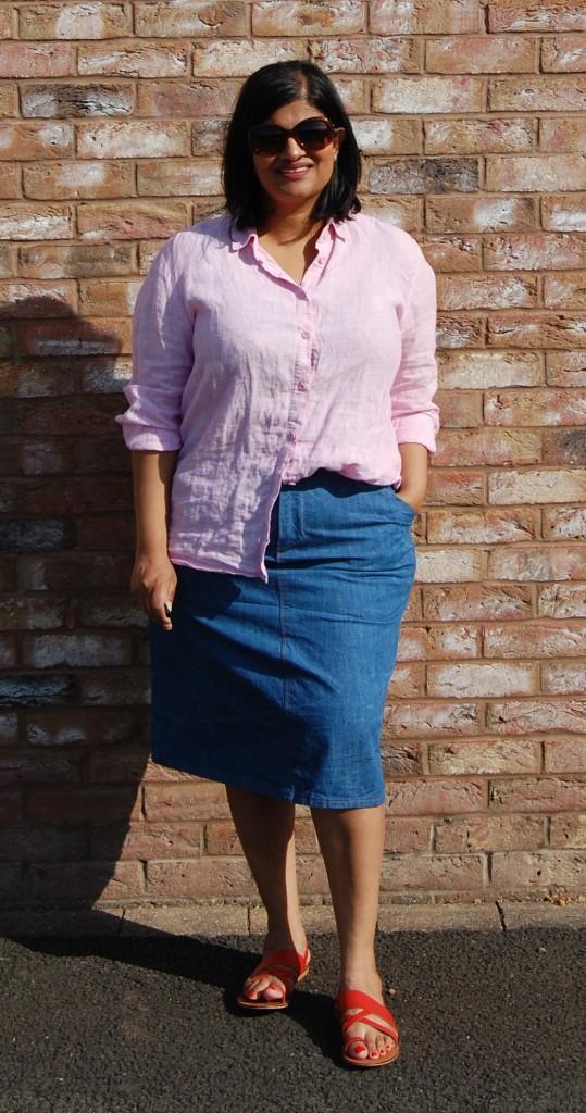 Grainline studio moss mini skirt (lengthened to midi length) worn with Grainline studio Archer button up shirt